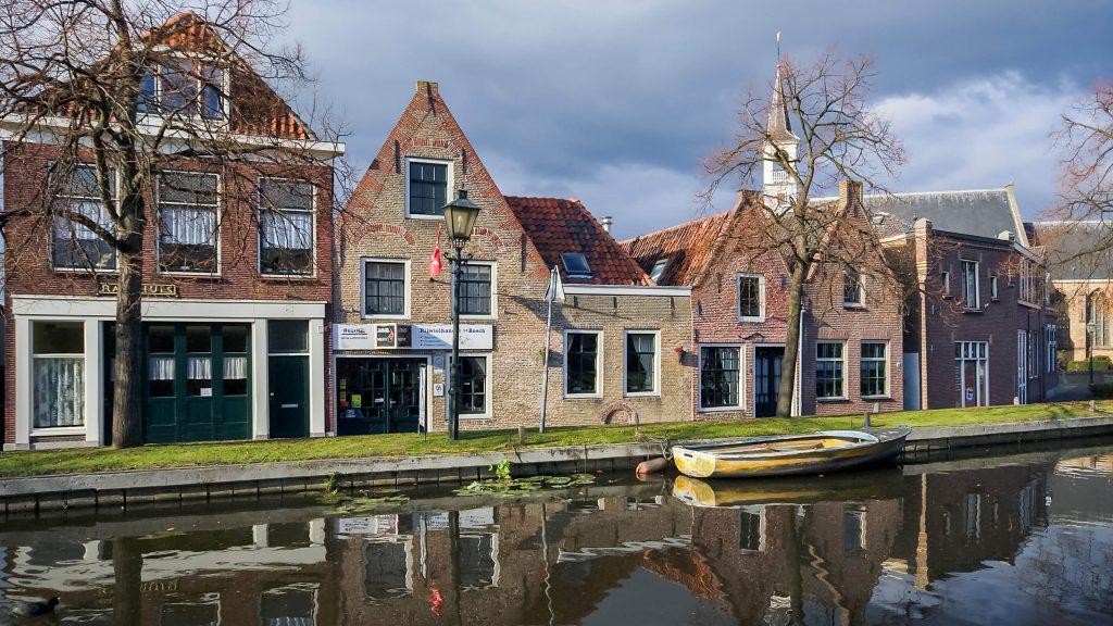 Tijdelijke foto gemaakt door Rob Oo (Flickr) van onroerend goed in Schipluiden.
